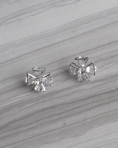 3D Floral Pattern Crystal Earrings-id.CC30826