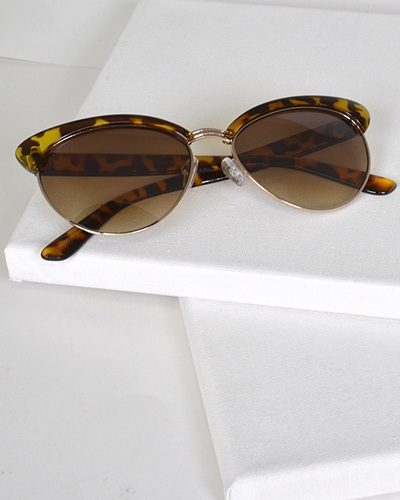 Oval Sunglasses with Half Frame-id.CC31305