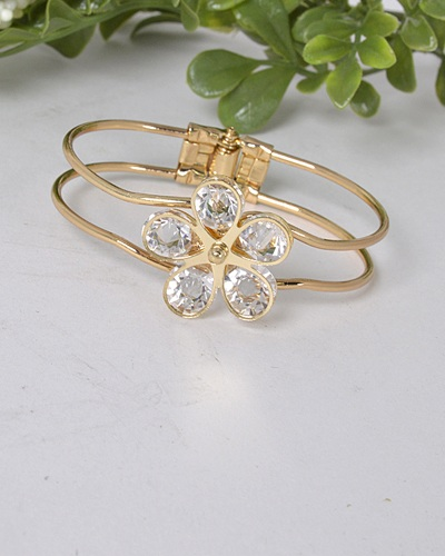 3D Floral Pattern Hollow Bracelet-id.31471