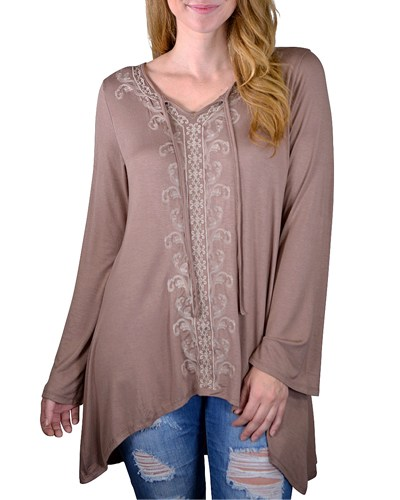 Plus embroidery top-id.CC33641