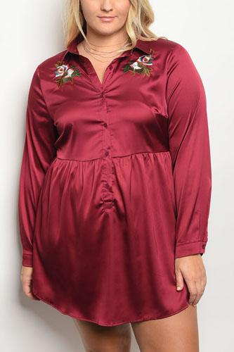 Plus size long sleeve stain skater dress with floral embroidery an a collard neckline-id.34000a