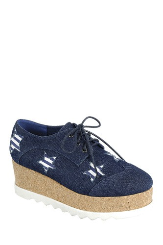 Ladies fashion lace up oxford, closed almond toe, tractor wedge flatform, lace up closure, with decorative star details-id.CC34127