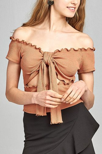 Ladies fashion short sleeve off the shoulder front keyhole w/self bow tie merrow hem knit top-id.CC34628