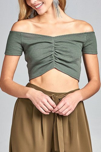 Ladies fashion short sleeve off the shoulder front shirring detail crop knit top-id.CC34687b