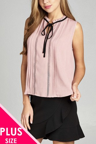 Ladies fashion plus size sleeveless contrast self tie front lace w/pintuck detail crinkle gauze top-id.CC34976a