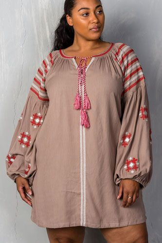 Ladies fashion plus size mocha tribal embroidered long sleeve blouse w/ tassel at collar-id.CC34985
