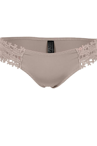 Side lace laser cut thong-id.CC35172
