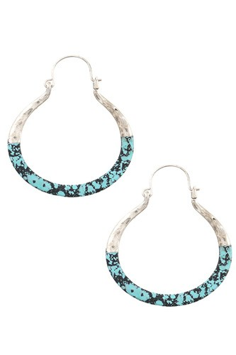 Two tone hammered accent earring-id.CC35817