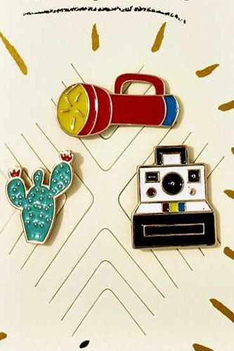 Travel theme pin set-id.CC36050