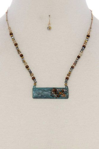 Patina rectangular shape open beaded pendant short necklace-id.CC36142