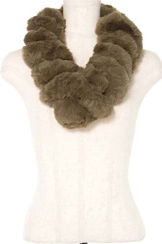 Faux fur twist pull through scarf-id.CC36380