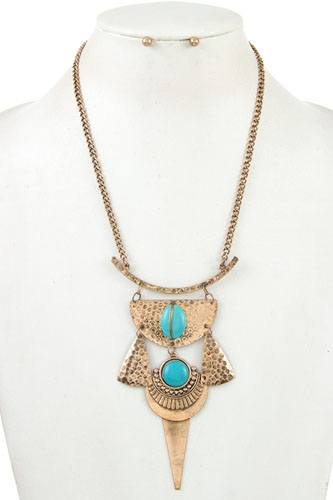 Tribal hammered metal with gem stone linked necklace set-id.cc36918