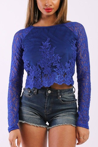 Solid lace top with long sleeves and round neck-id.cc37904a