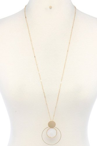 Cut out circle pendant necklace-id.cc37971