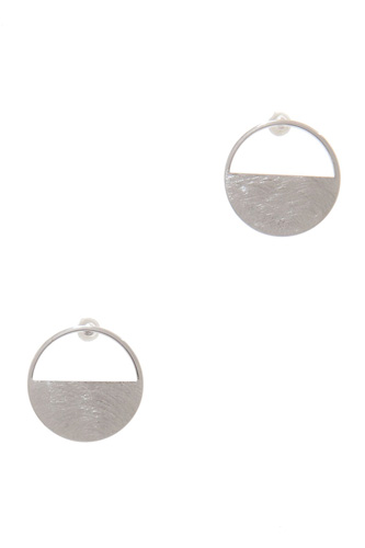 Metal post earring-id.cc39184