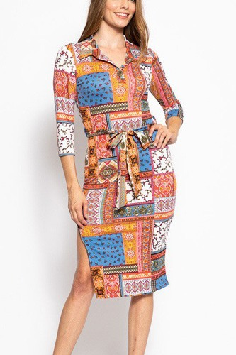 Print, midi tee dress with 3/4 sleeves, collared v neckline, decorative button, matching belt and a side slit.-id.cc39269b