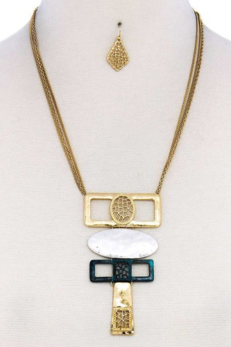 Hammered geometric shape short necklace-id.cc39301