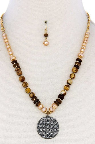 Beaded and circle pendant necklace and earring set-id.cc39461