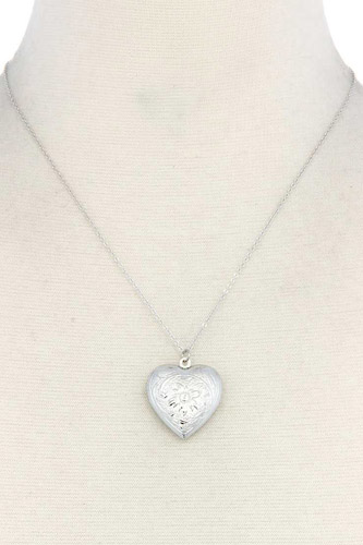 Heart shape locket metal necklace-id.cc39799