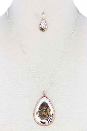 Metal teardrop shape pendant necklace-id.cc39983