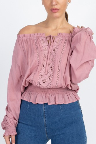 Off shoulder embroidered shirt-id.cc40122b