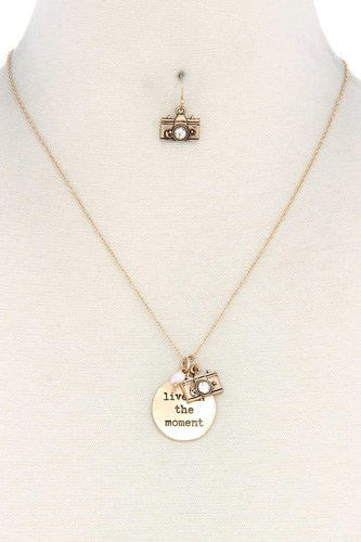 Live in the moment pendant necklace and earring set-id.cc40220