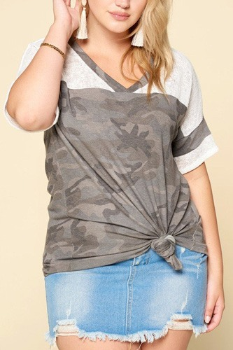 Camouflage printed loose-fit knit top-id.cc50843b