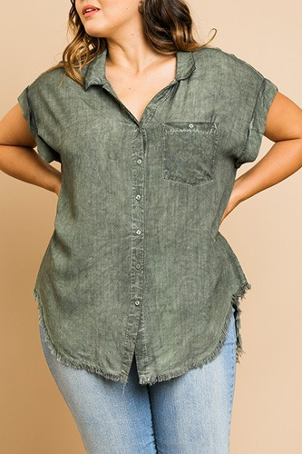 Washed button up short sleeve top with frayed hemline-id.cc51822b
