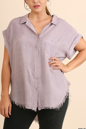 Washed button up short sleeve top with frayed hemline-id.cc51822d