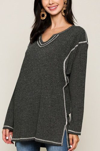 Two-tone rib tunic top with side slits-id.cc52308