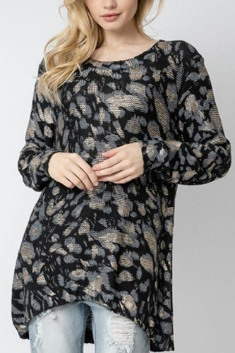 Wild leopard animal print asymmetrical hem cozy knit pullover sweater.-id.cc52461a