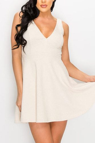V-neck back cutout skater dress-id.cc52768a