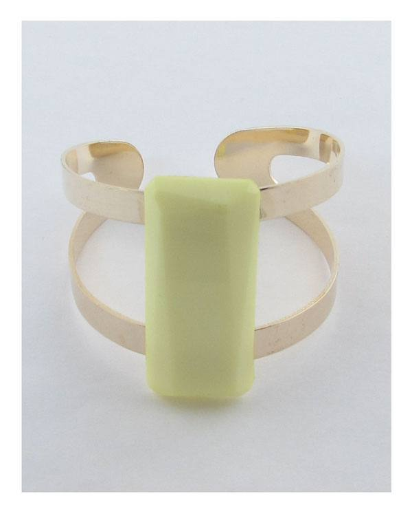 Adjustable cuff bracelet with faux stone-id.26993