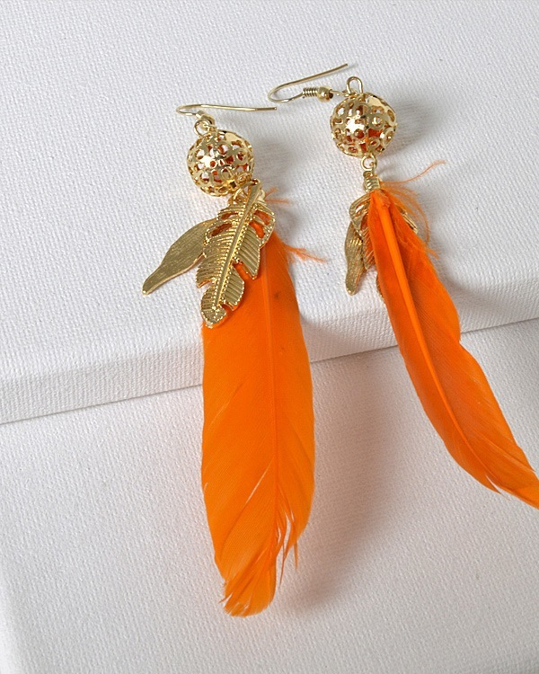 Long Feather Fishhook Earrings with Round Cut Out Bead-id.31284