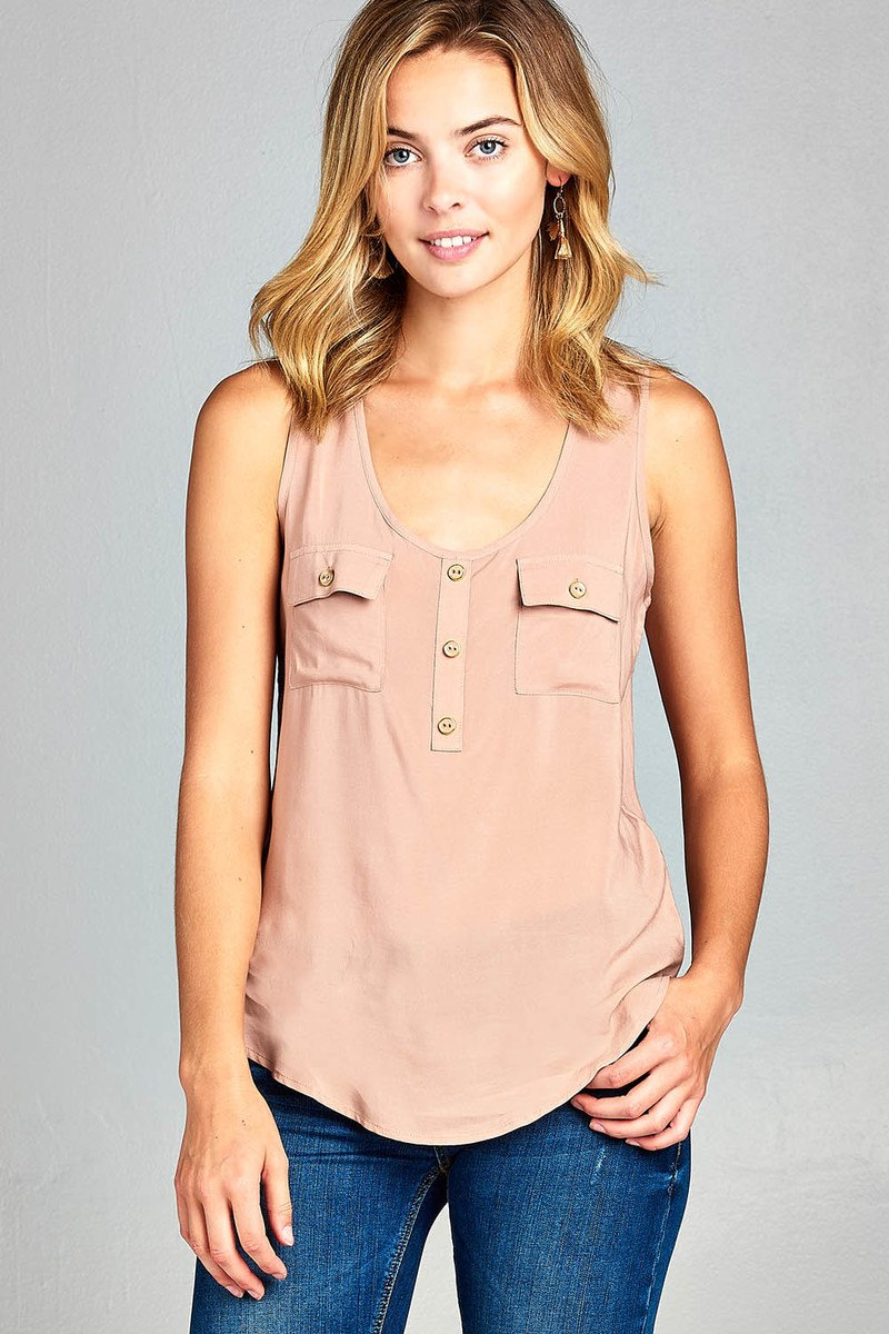 Ladies fashion woven tank top w/ front double pockets & button detail-id.34329f
