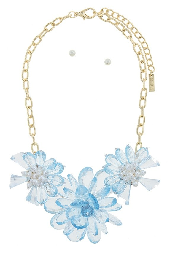Clustered faux pearl flower statement necklace set-id.CC34563