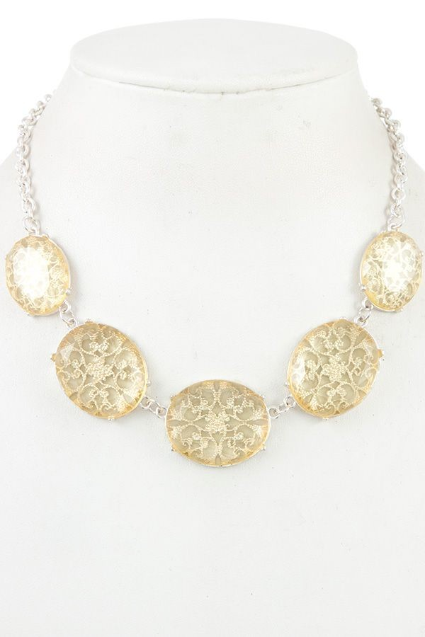 Floral filigree faceted stone necklace-id.CC36263