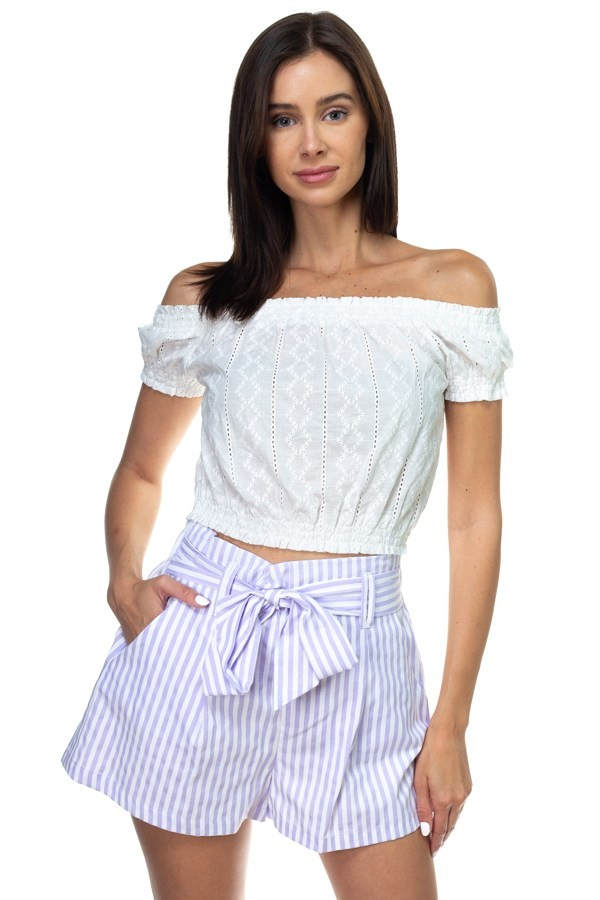 Off shoulder embroidered crop top-id.cc38706a