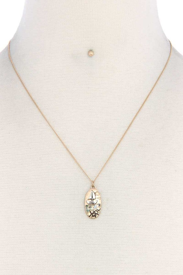 Boat oval shape necklace-id.cc38920