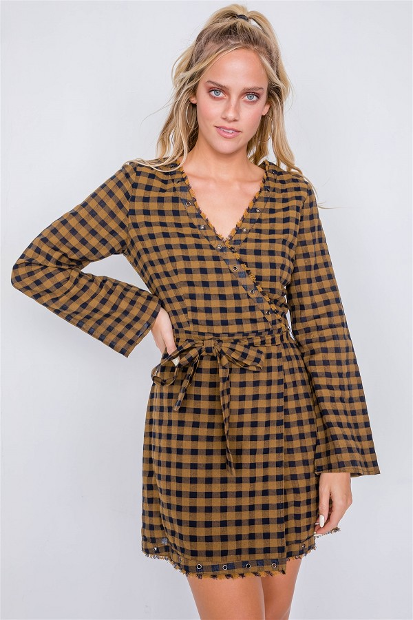 Plaid checkered grommet raw hem mini dress-id.cc39919a