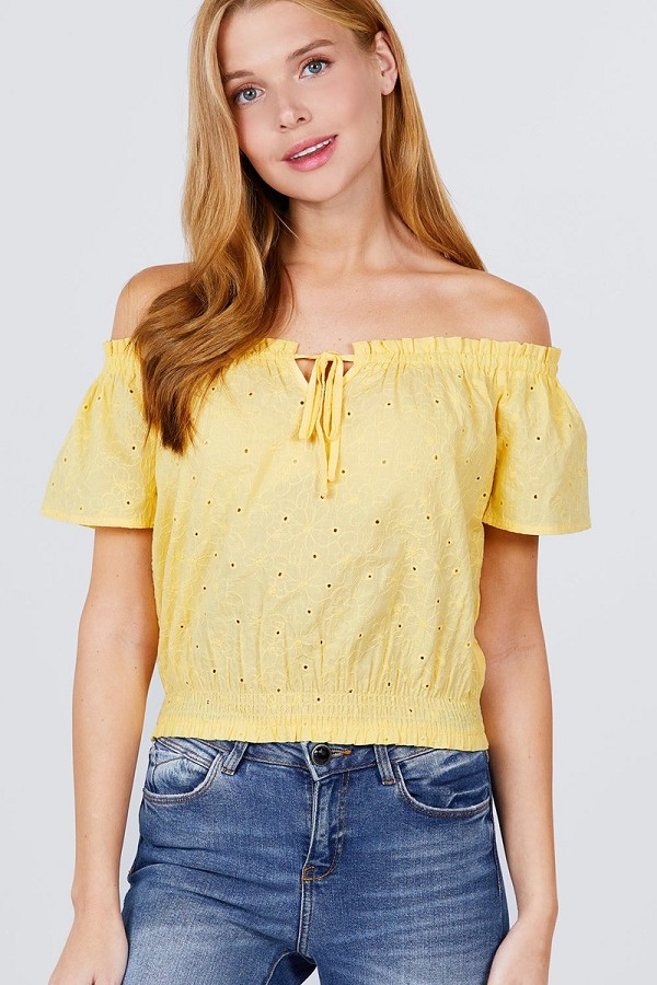 Short sleeve off the shoulder front tie detail smocked hem eyelet lace woven top-id.cc51092