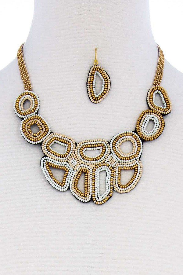 Multi beaded fashion chunky necklace and earring set-id.cc51323