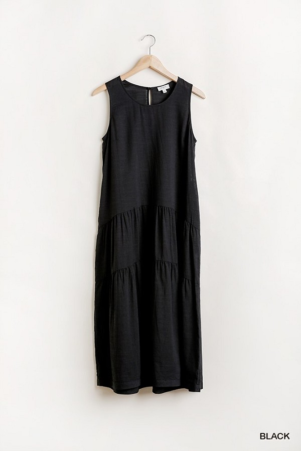 Sleeveless tier maxi dress with back keyhole-id.cc51360b