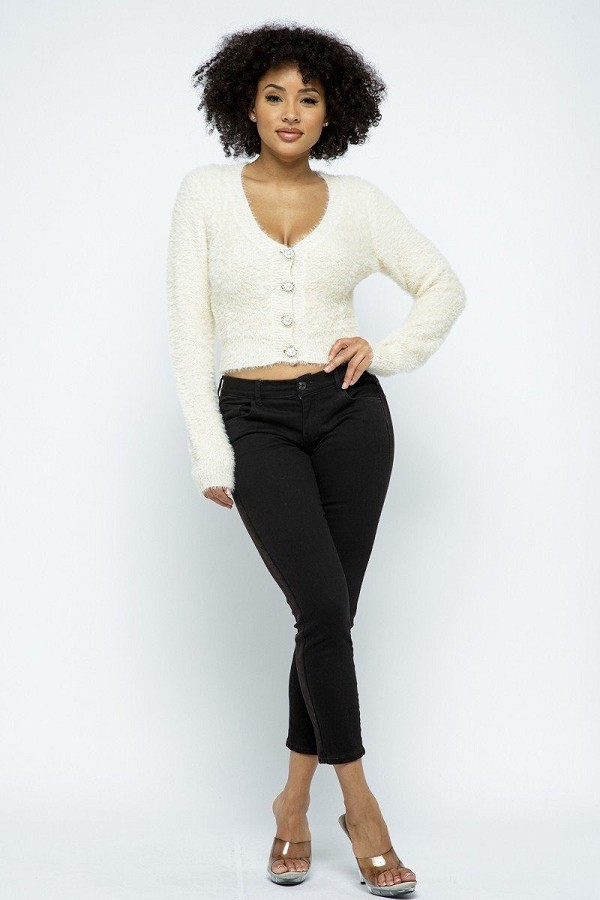 Eyelash knit cropped cardigan with pearl button details-id.cc52919b